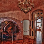 14-Дом Бальо в Барселоне. Интерьер.  Творение Гауди