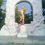 Vena monument Motsartu