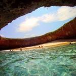 Пляж любви в Мексике