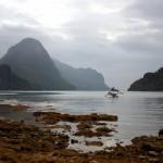 Хмурое небо острова Палаван на входе в бухту у Эль-Нидо (Копировать)